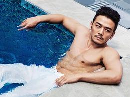 杨烁泳池半裸型男写真