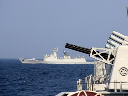 解放军下狠手南海大规模军演四个目的