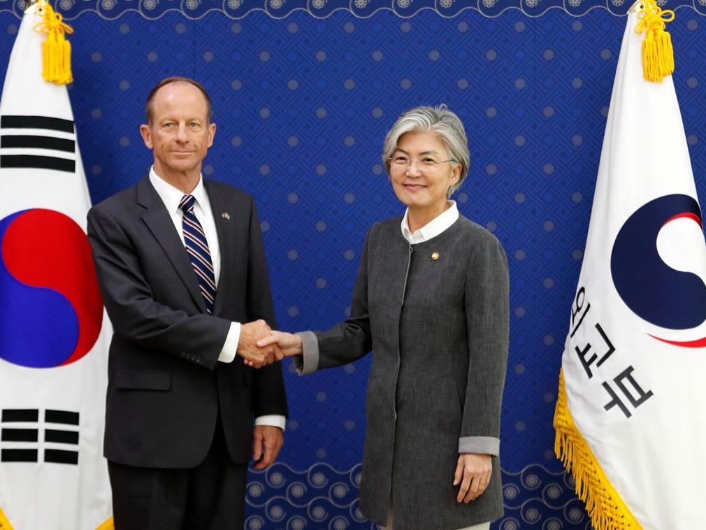 贸易争端升级 美国助理国务卿先后访问日韩[图集]